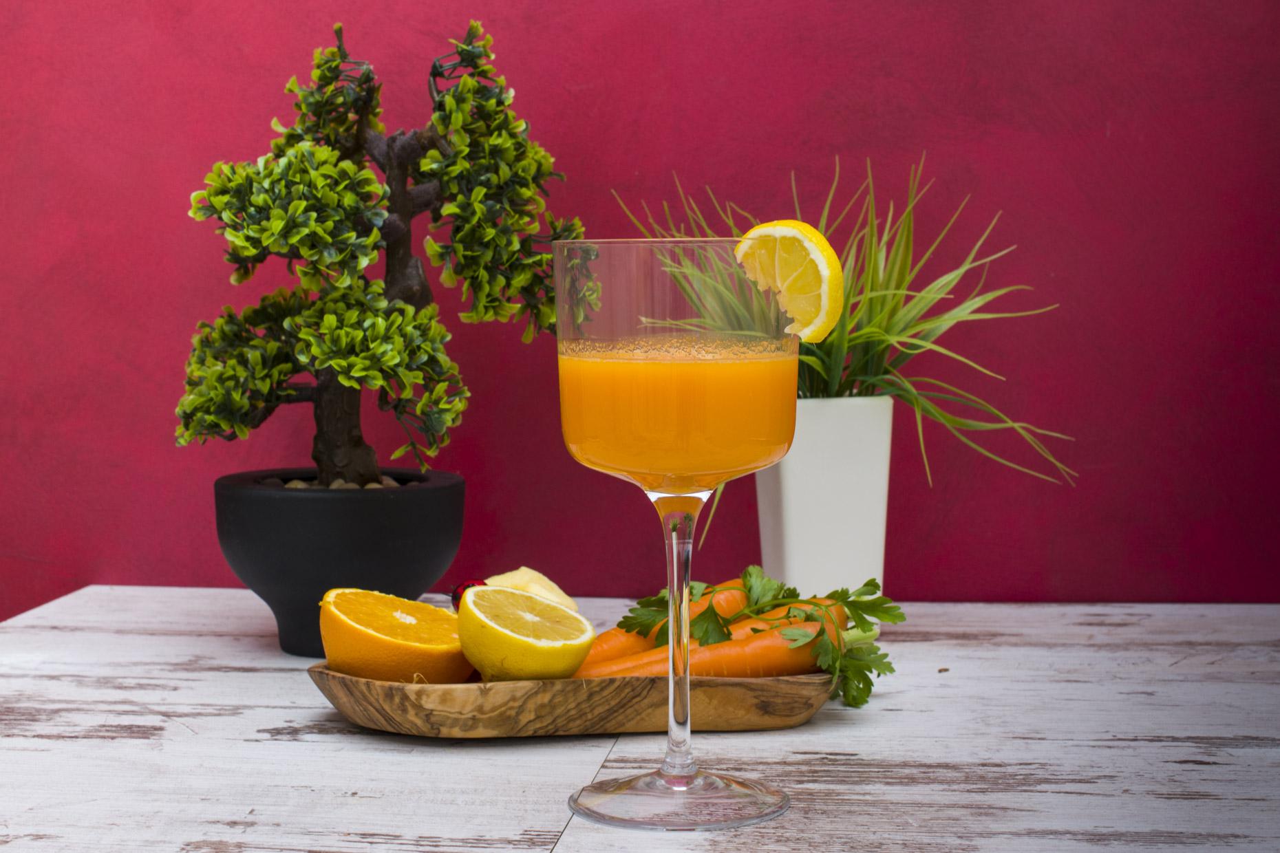Pomorandža, šargarepa, jabuka i limun