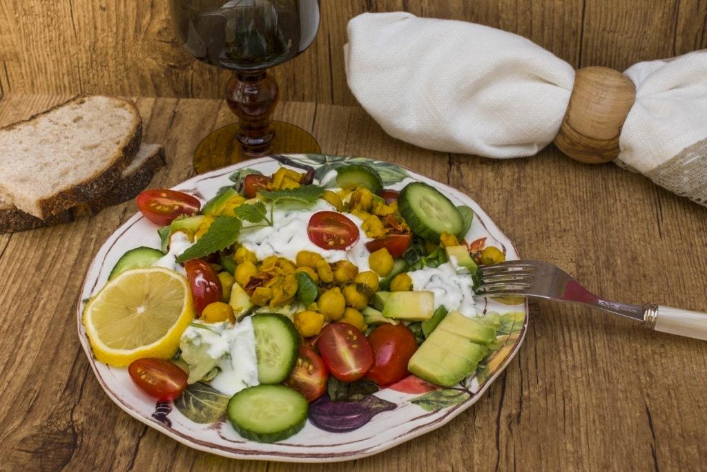 Letnja salata od leblebija_1