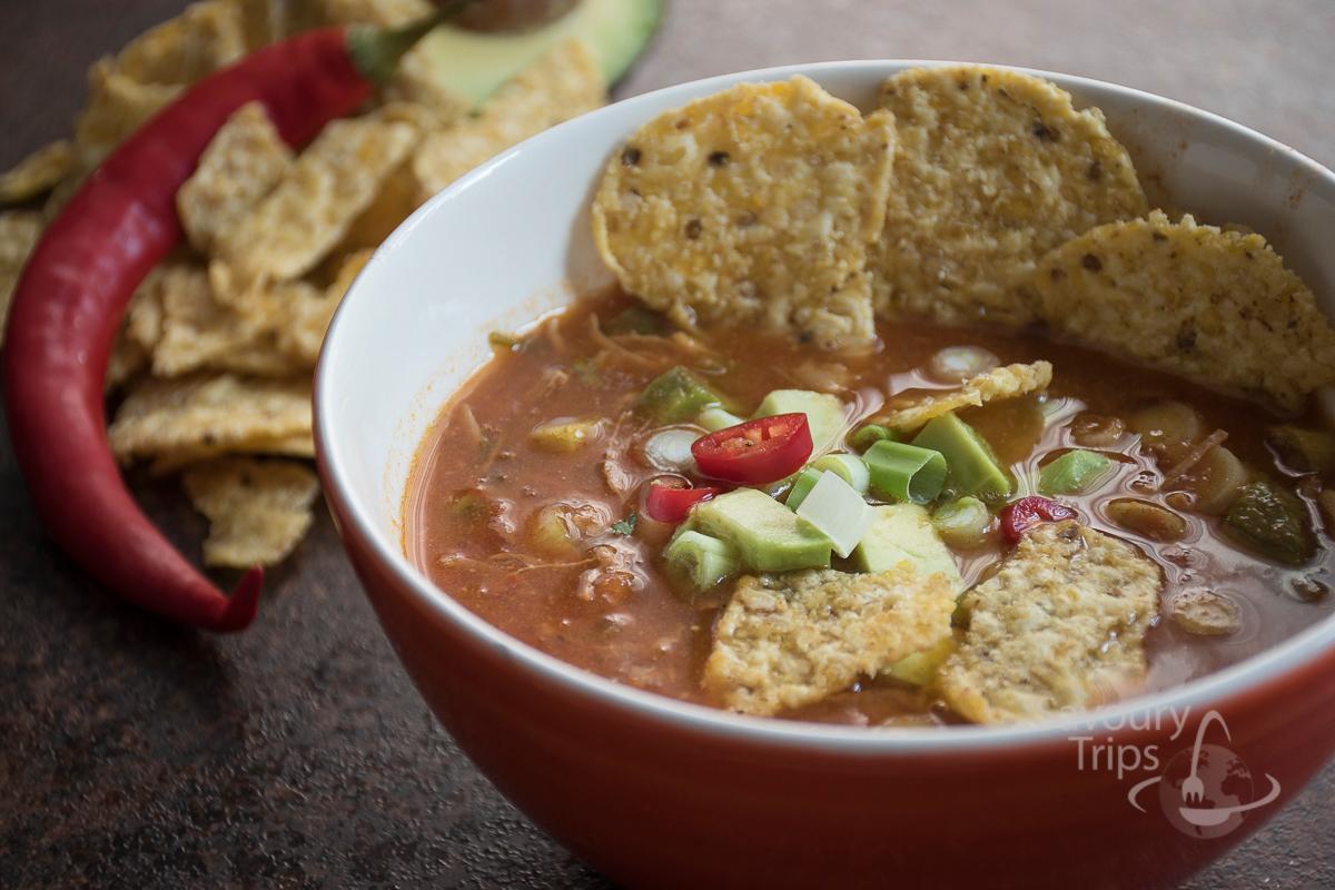 čorba sa ćuretinom / turkey tortilla soup