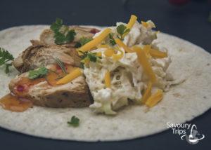 Tortilje sa piletinom mladim kupusom i belom rotkvom