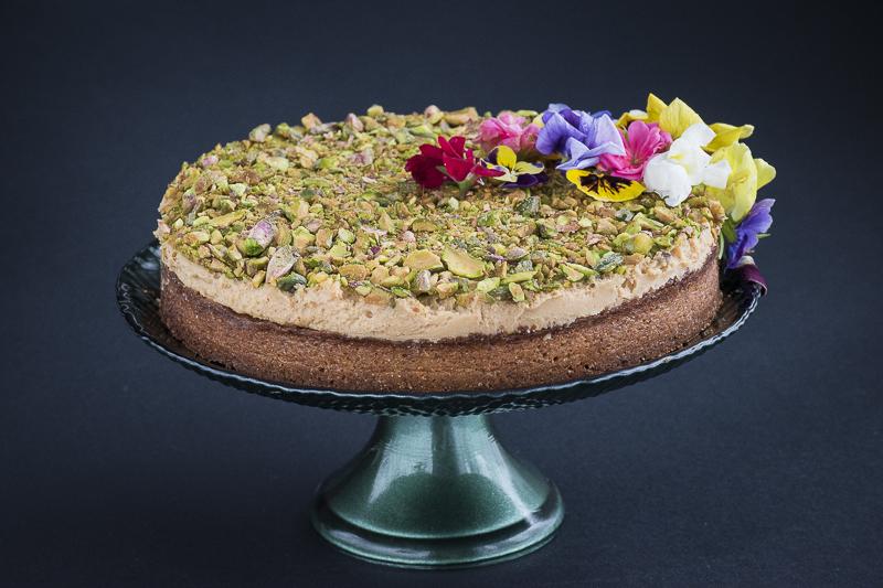 Brza torta sa pistaćima / Easy creme caramel cake