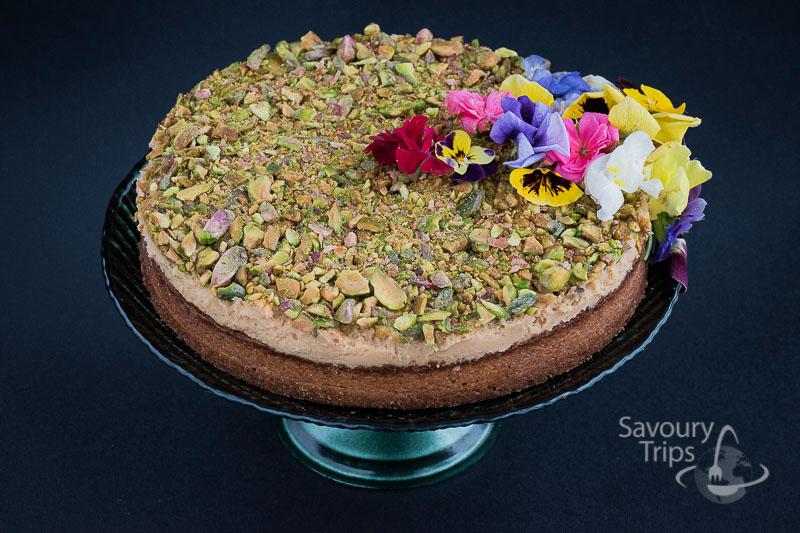 Torta sa karamelom i pistaćima / Easy creme caramel cake