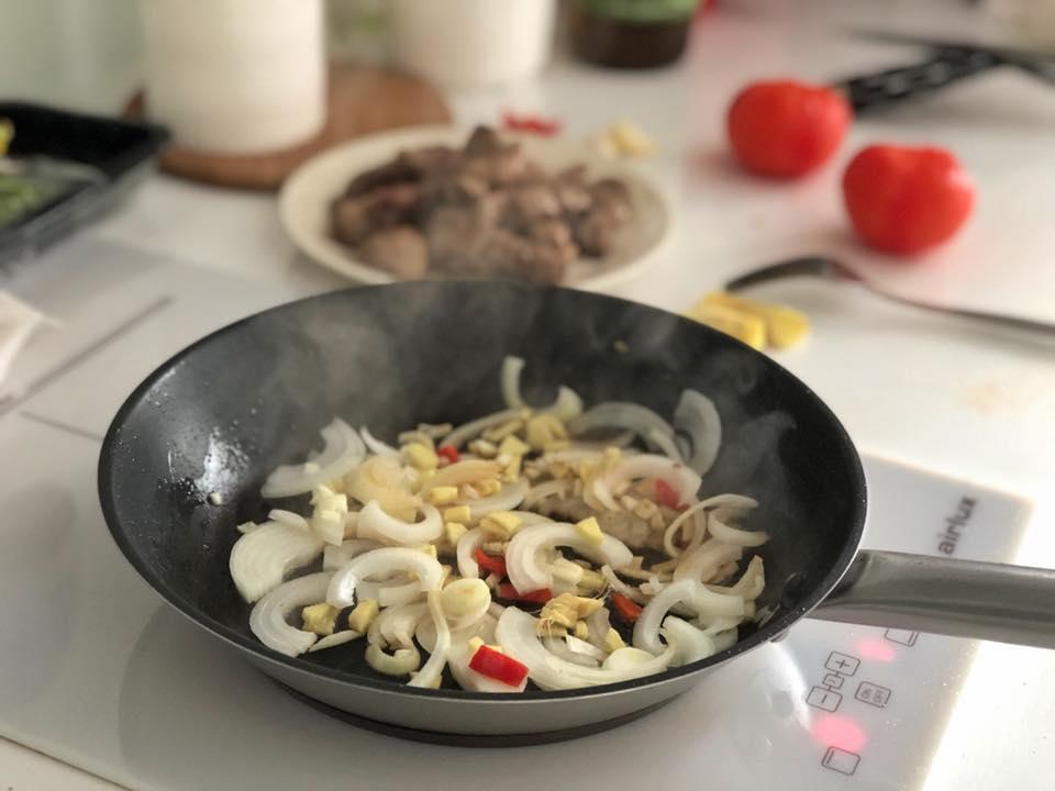 Tajine with lamb and vegetables / Jagnjetina sa povrćem