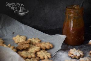 Prhki keksići sa domaćim džemom od kajsije