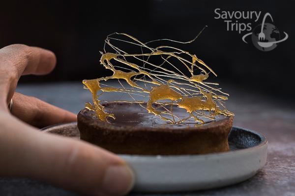 Tart od čokolade sa karamelom