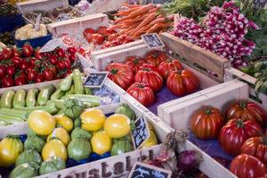 Vegetalbes-on-Ferney-Voltaire-market